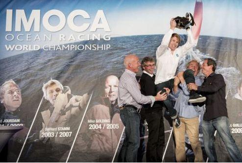 francois-gabart-champion-du-monde-imoca-2011-2012.JPG