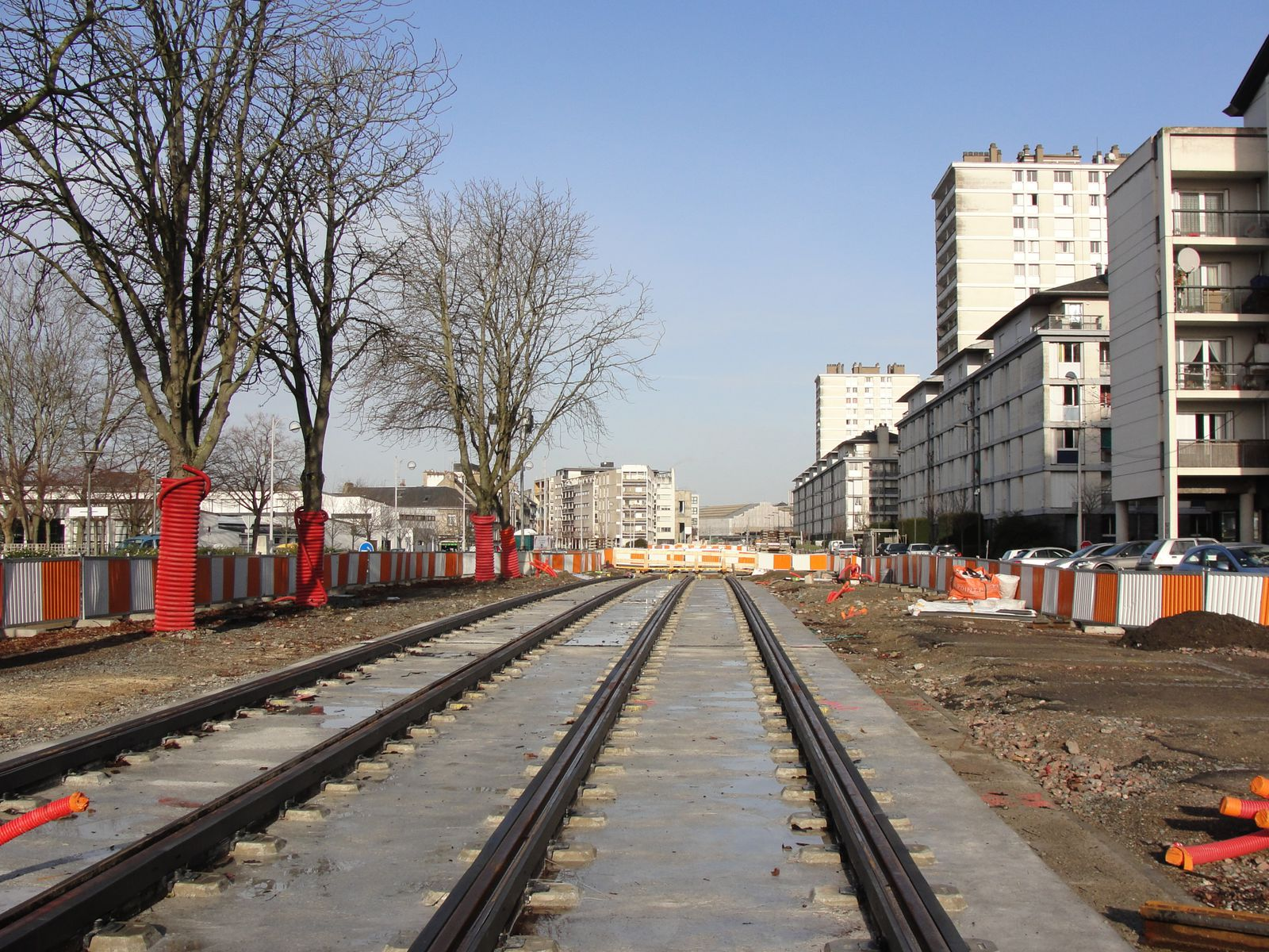 http://idata.over-blog.com/4/60/40/19/Construction-de-la-ligne---2011--3-/DSC00783.JPG