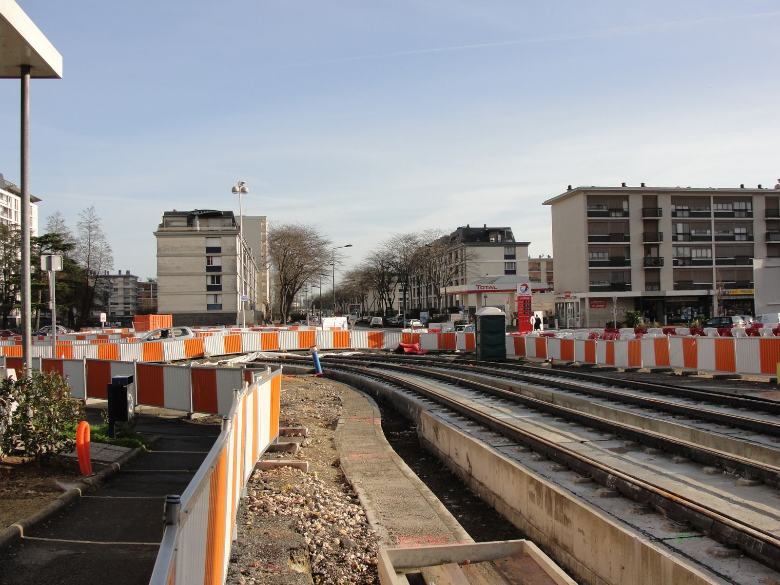 http://idata.over-blog.com/4/60/40/19/Construction-de-la-ligne---2011--3-/DSC00796.JPG