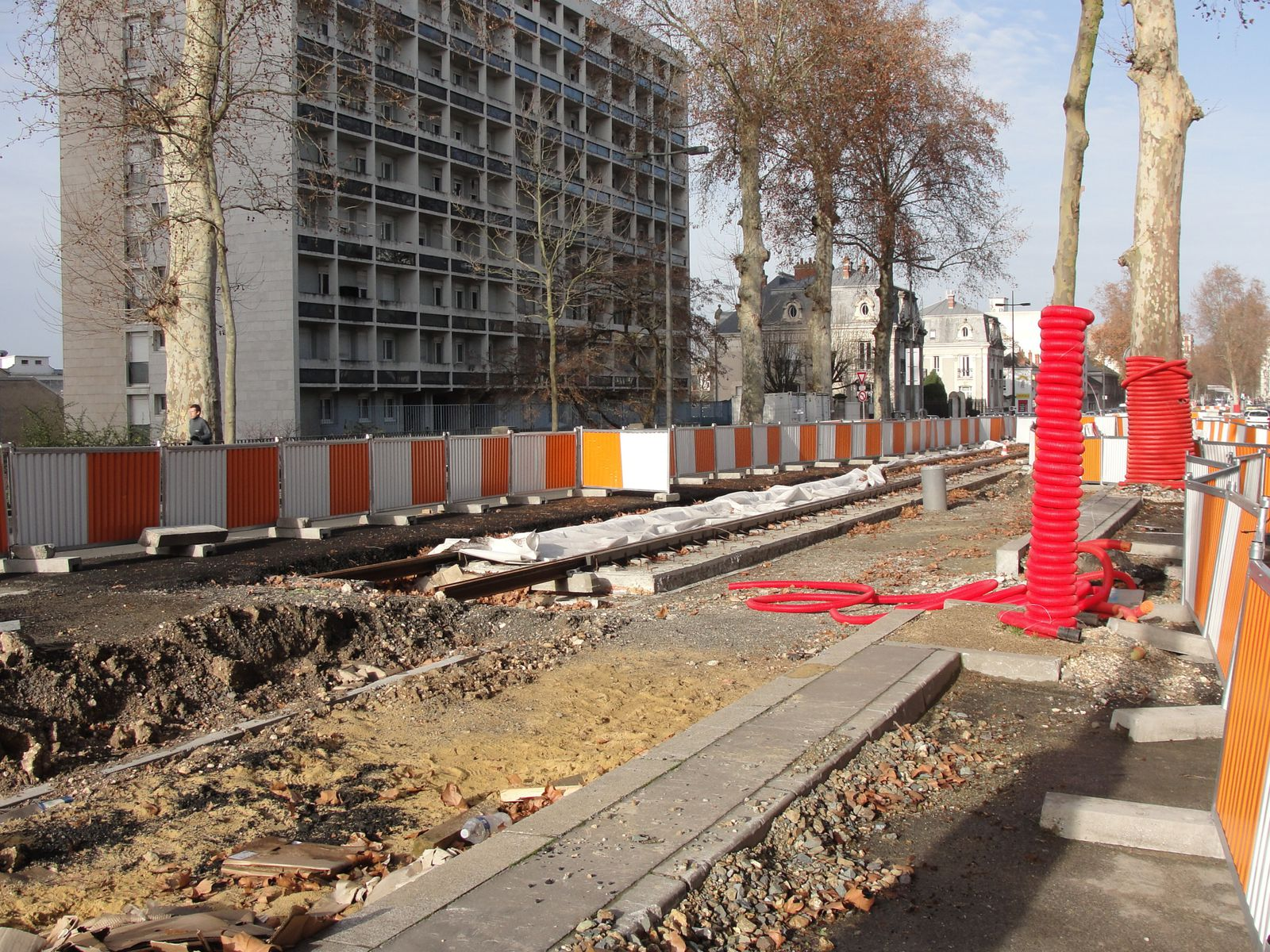 http://idata.over-blog.com/4/60/40/19/Construction-de-la-ligne---2011--3-/DSC00825.JPG