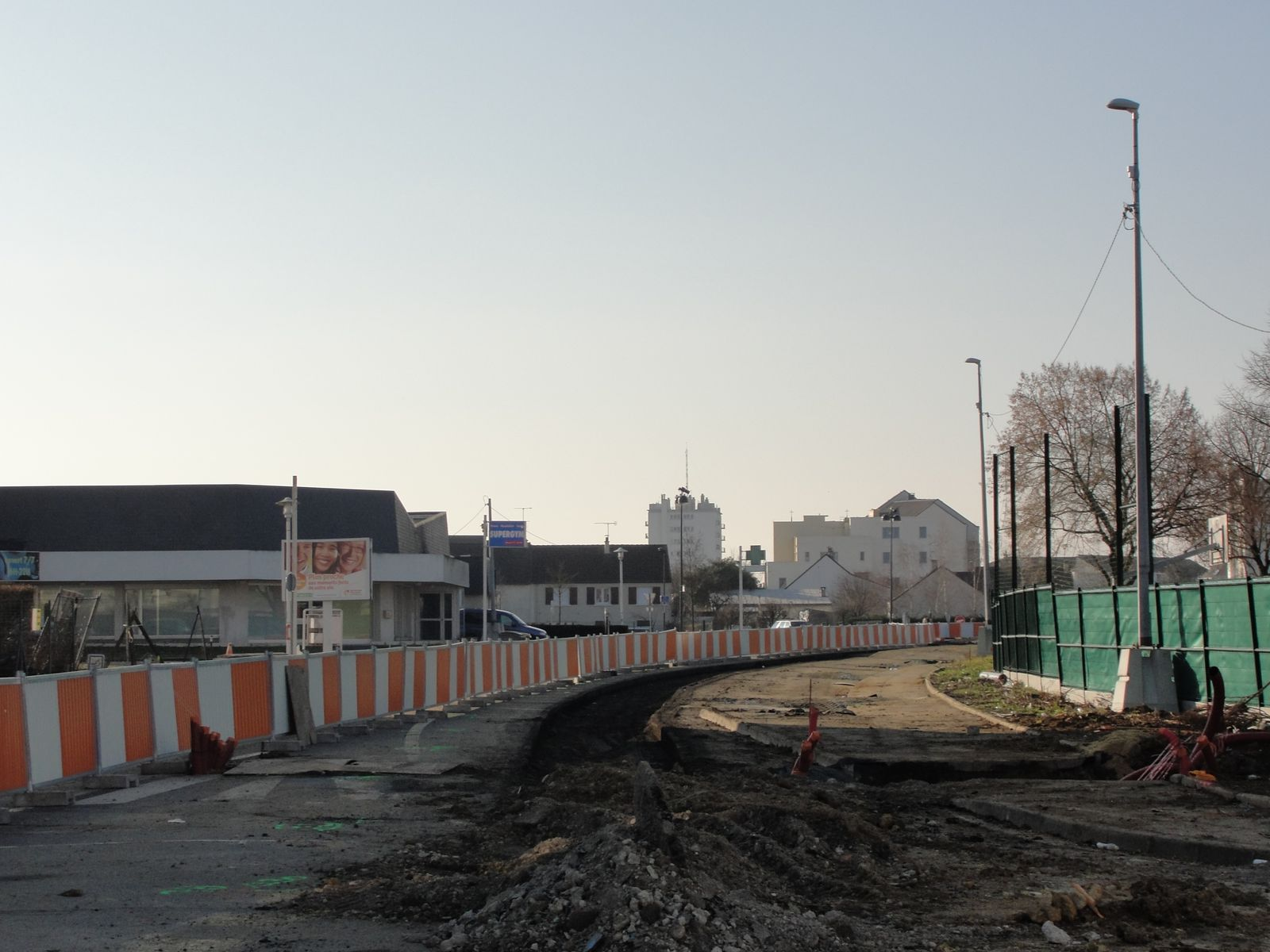 http://idata.over-blog.com/4/60/40/19/Construction-de-la-ligne---2011--3-/DSC07494.JPG