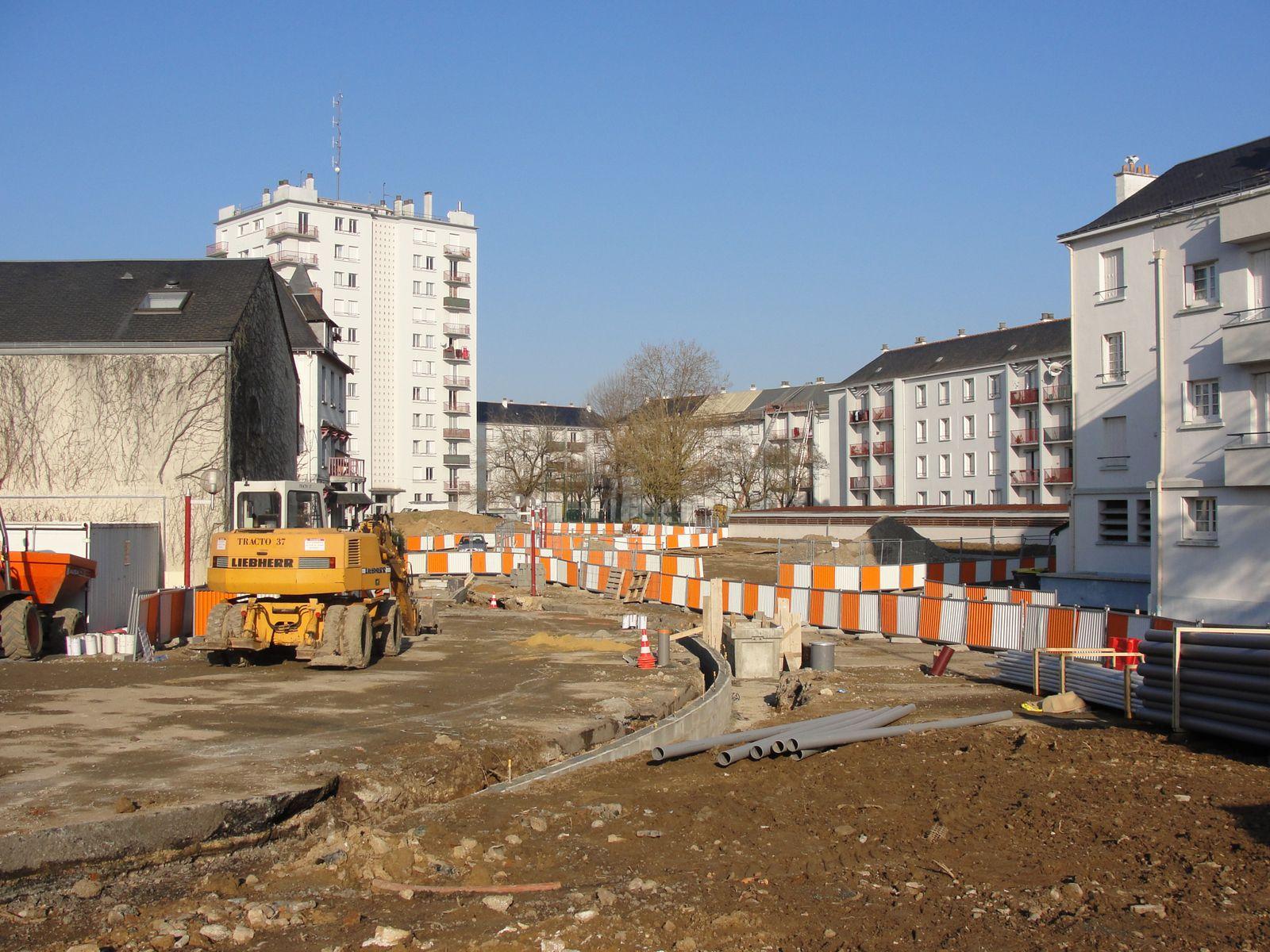 http://idata.over-blog.com/4/60/40/19/Construction-de-la-ligne---2011--3-/DSC07503.JPG