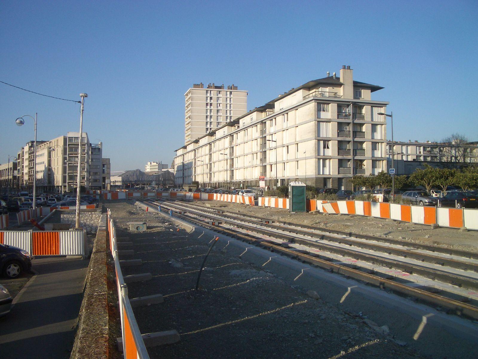 http://idata.over-blog.com/4/60/40/19/Construction-de-la-ligne---2011--3-/cbq-008.jpg