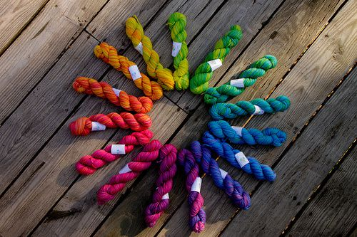 Color-wheel-yarn.jpg
