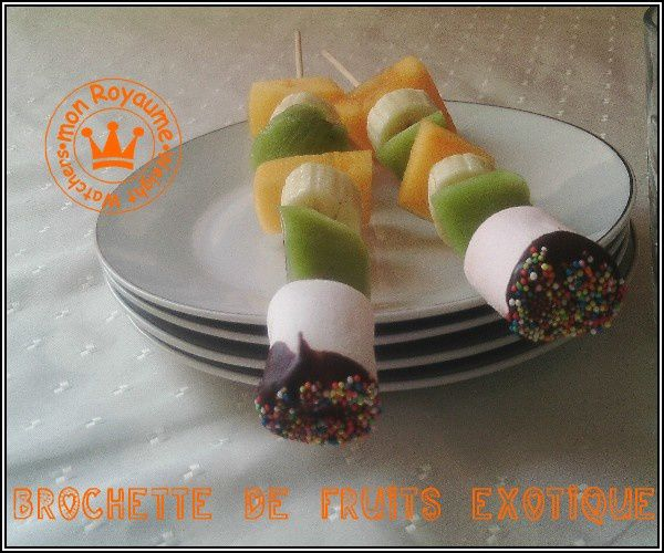 brochettes-de-fruits-exotique-2.jpg