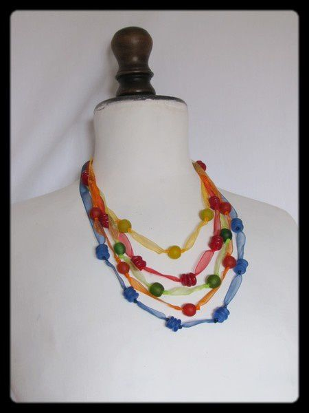 Collier-multicolor-organza--1--copie-1.JPG
