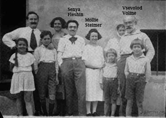 groupe-militants-Steimer-Voline.jpg