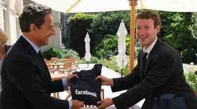 nicolas-sarkozy-mark-zuckerberg-facebook-hoodie-eg8.jpg