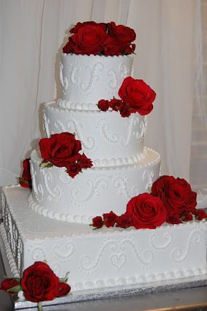 christmas-wedding-cakes
