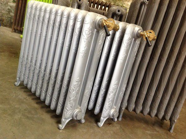 fleurs de fonte quimper recyclage radiateur fonte ancien. Black Bedroom Furniture Sets. Home Design Ideas