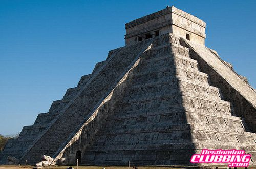 chichenItza_equinox2--Spring-Break-Cancun-www.destinationcl.jpg