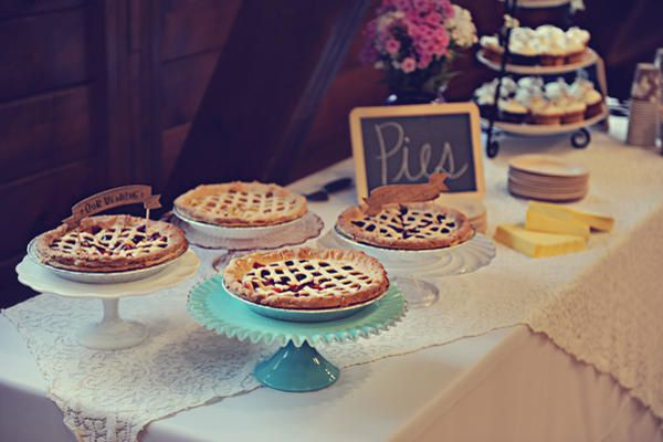 wedding-pie-buffet.jpg