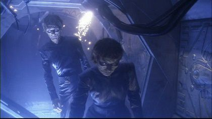 2-star-trek-enterprise-piegee-zombies.jpg
