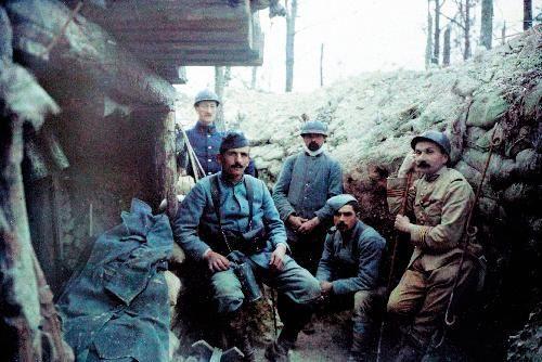 France-Tranchee-secteur-Verdun-avril-1916.JPG