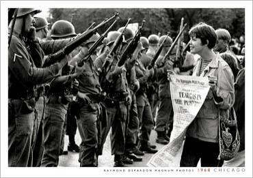 USA Manifestation-contre-laguerre-au-Vietnam--Chicago--1968