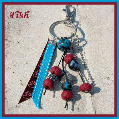 Porte-clefs-bordeau-turquoise