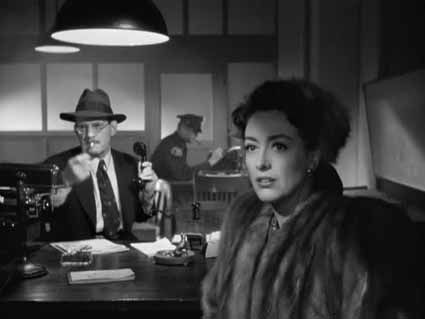 Le-Roman-de-Mildred-Pierce---Joan-Crawford.jpg