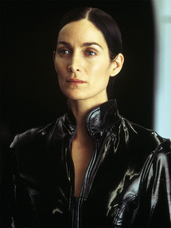 Carrie-Anne Moss. Warner Bros. France