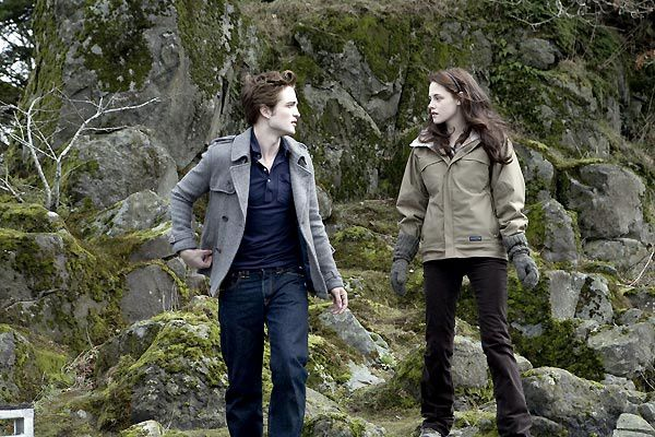 Kristen Stewart et Robert Pattinson. Summit Entertainment