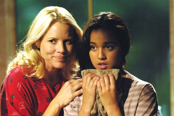 Maria Bello et Summer Bishil. Warner Independent Pictures