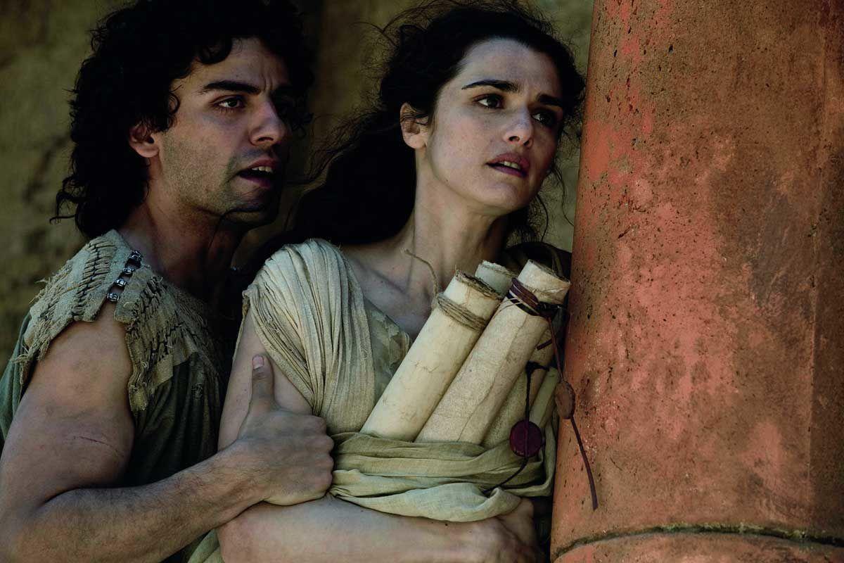 Oscar Isaac et Rachel Weisz. Mars Distribution