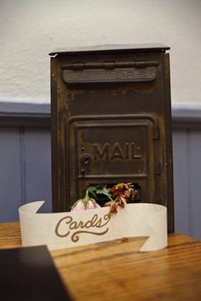 Mail-card-box.jpg