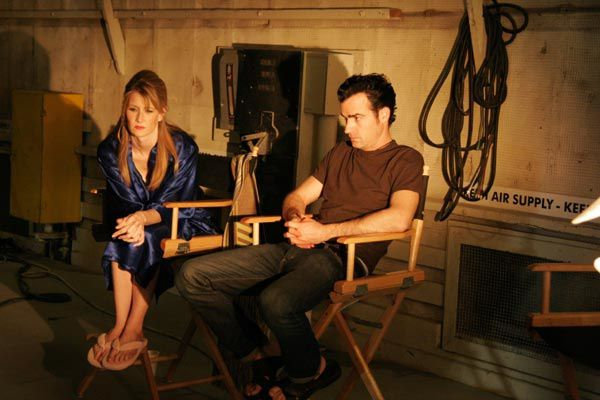 Laura Dern et Justin Theroux. Mars Distribution