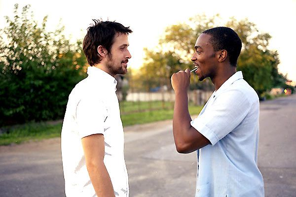 Ryan Gosling et Anthony Mackie. Colifilms Diffusion