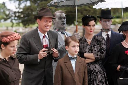 Fido - Dylan Baker, K'Sun Ray, Billy Connolly et Carrie-Anne Moss