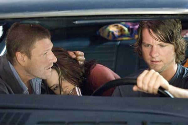 Sean Bean, Sophia Bush et Zachary Knighton. Rogue Pictures