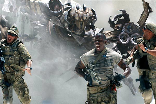 Tyrese Gibson (au centre). Paramount Pictures France