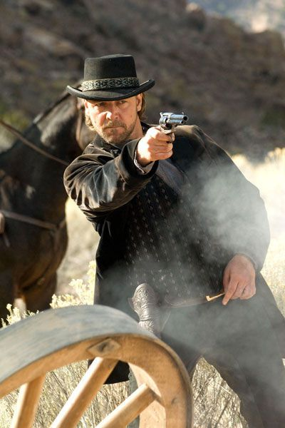 3:10 to Yuma - Russell Crowe