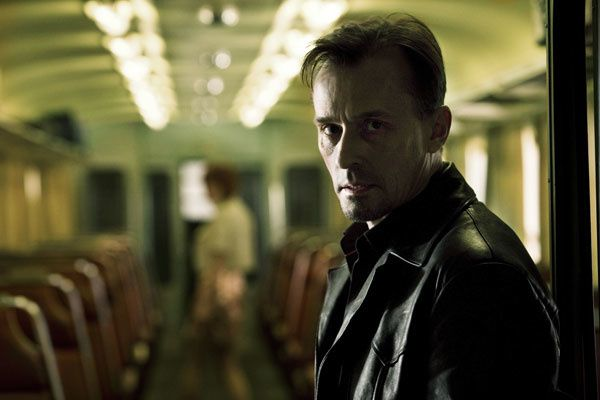 Robert Knepper. Magali Bragard - 2008 EUROPACORP - TF1 FILMS PRODUCTION - GRIVE PRODUCTIONS - APIPOULAÏ PROD