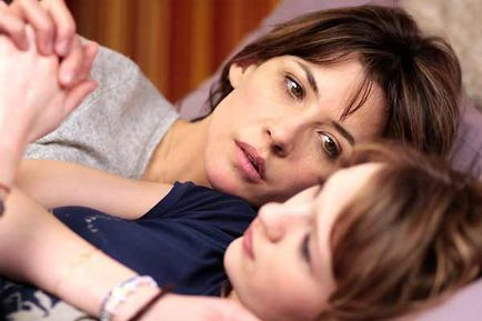 LOL (laughing out loud) ® - Sophie Marceau et Christa Theret