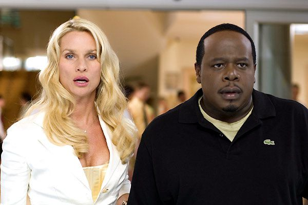 Nicollette Sheridan et Cedric The Entertainer. Bird and a Bear Entertainment