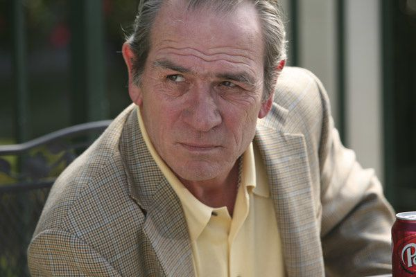 Tommy Lee Jones. TFM Distribution