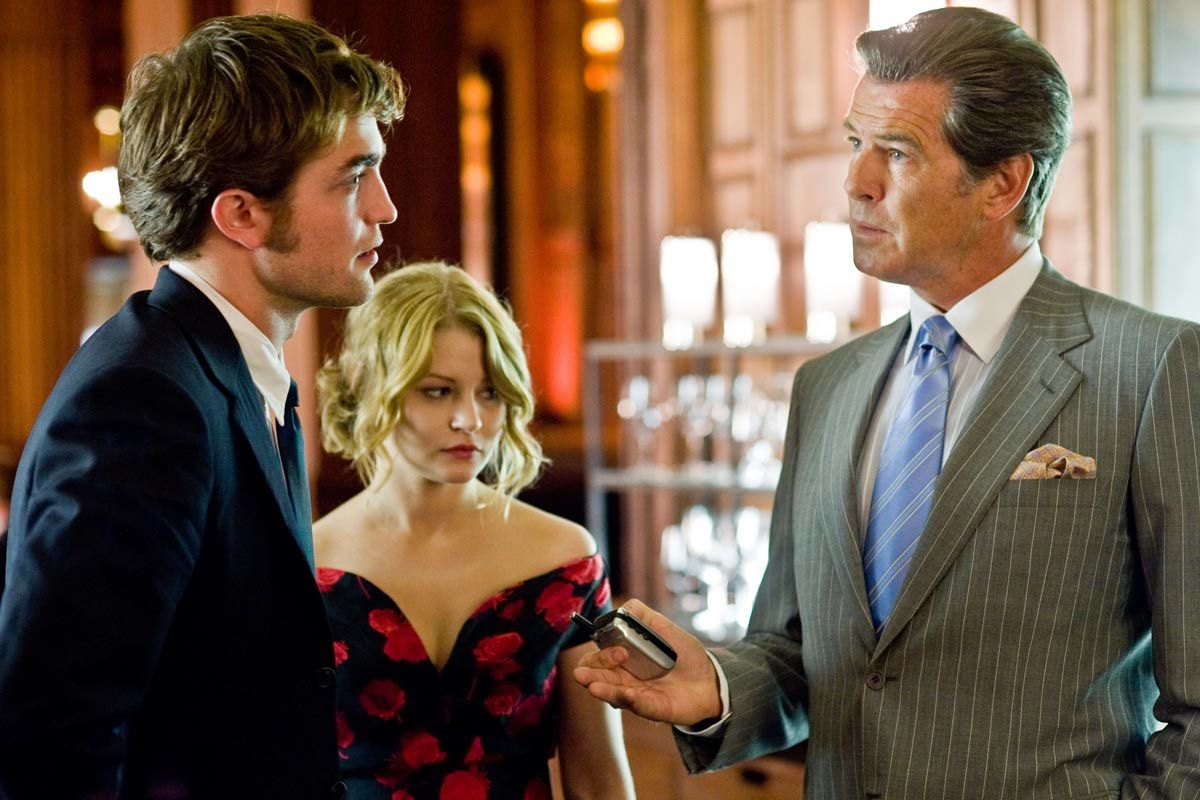 Robert Pattinson, Emilie de Ravin et Pierce Brosnan. SND