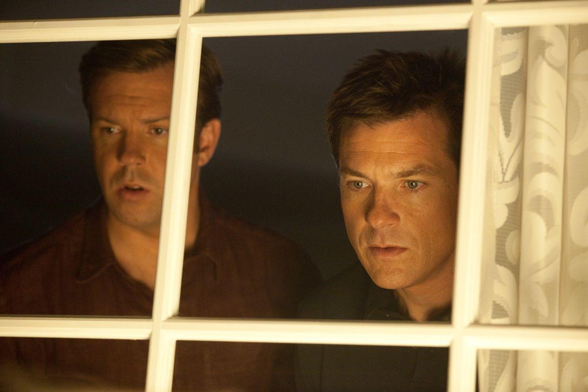 Jason Sudeikis et Jason Bateman. Warner Bros. France