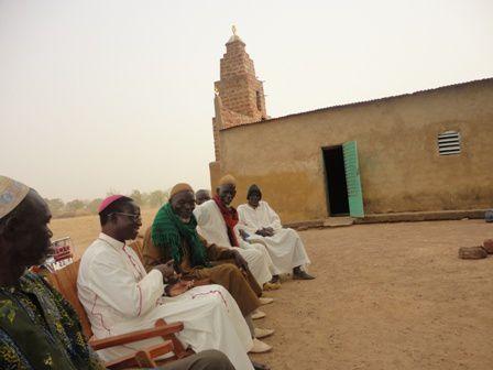 Mgr rend une visite de courtoisie au grand Imam de Didyr (0