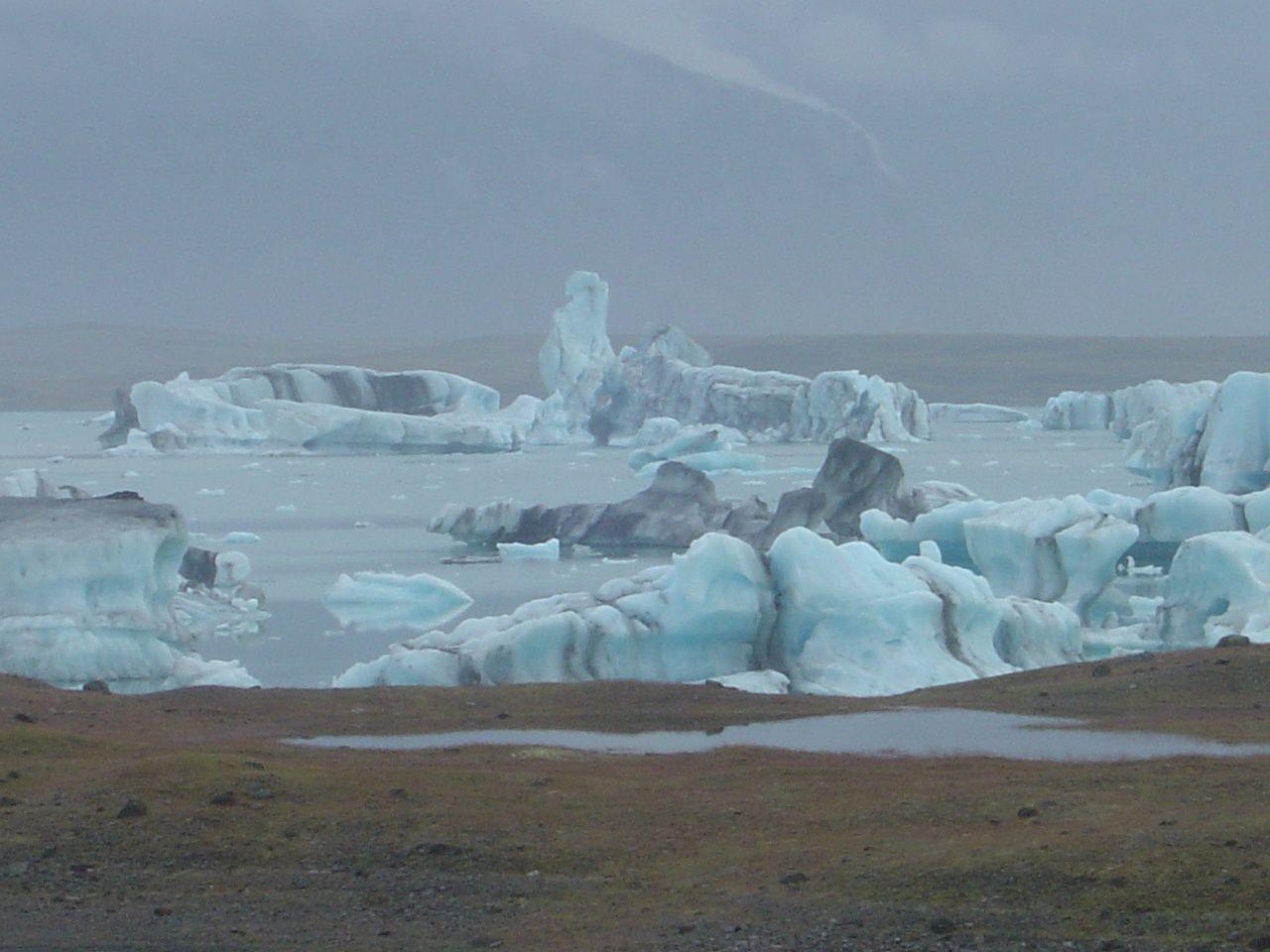 L'eau, le feu, la glace un petit parfum de bout du monde ........