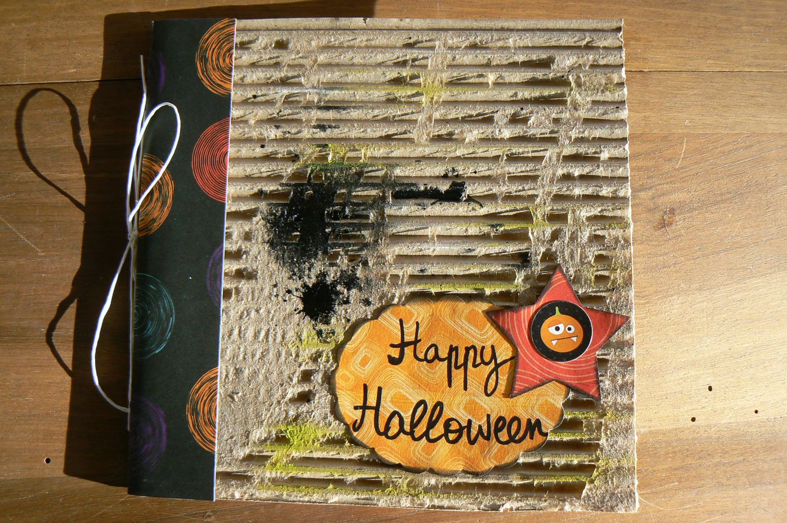153 - Mini album Halloween Magsete
