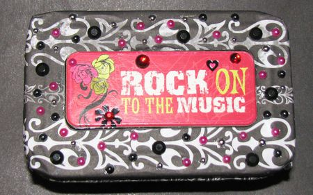 Rock on to the Music altoids tin by: dreamglow pumpkincat210