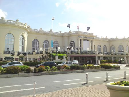 1 Casino de Deauville | Source | Author Matinee | Date 2010-02-08 | P