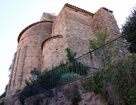 1 Saint Raphael (Var, France), the medieval tower | Source | Author Ma