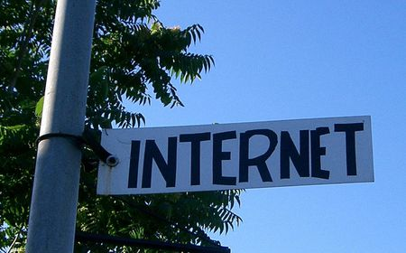 Internet Sign | Source | Date 10.07.2007 | Author cawi2001 | Permissio