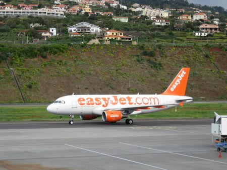 Easyjet A319 at Funchal