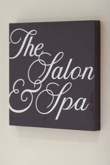 salon and spa sign