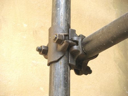 1 Junction between Tubes Innocenti in scaffolding 1 Giunto tra tubi In