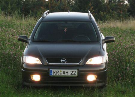 1 Opel Astra Caravan Build 2002 Modell elegance Color black   Source  