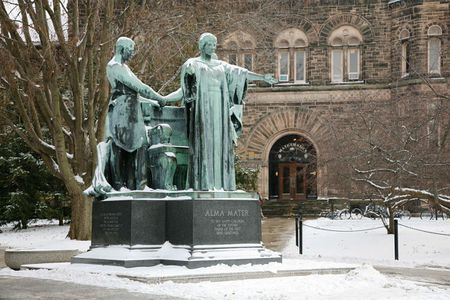 Statua dell' Alma Mater, Columbia University